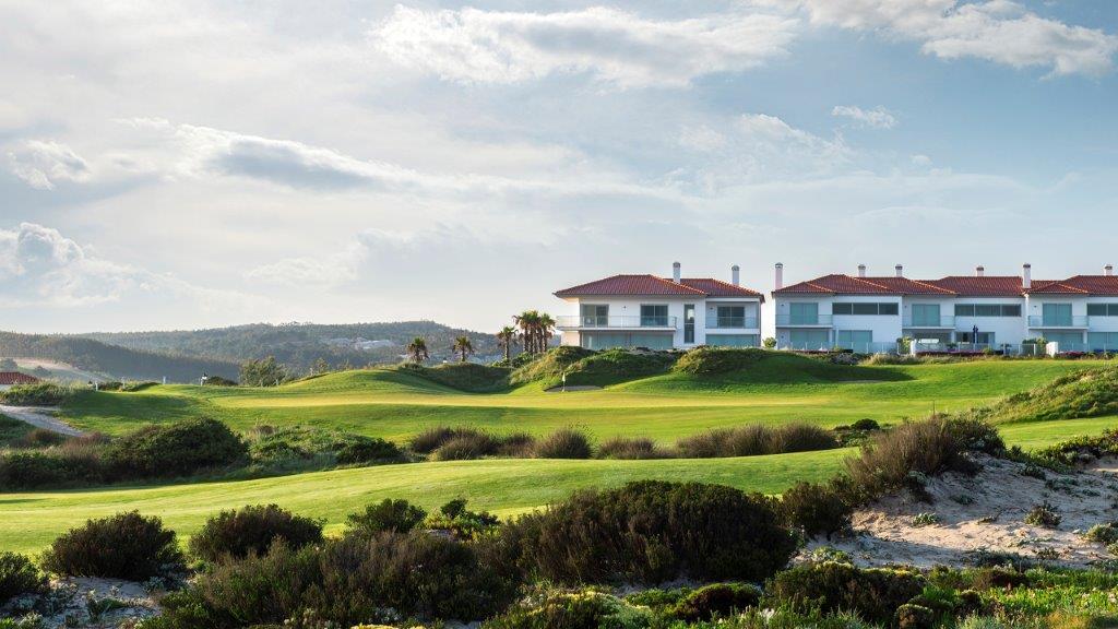 Maisons au golf de Praia del rey au Portugal