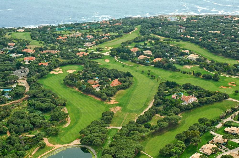 La vue aérienne du golf Quinta Marinha.