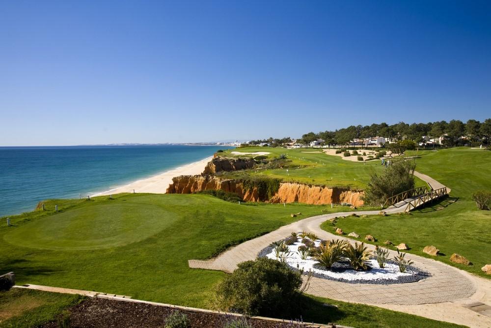 Le paysage du golf de Vale Lobo Océan au Portugal