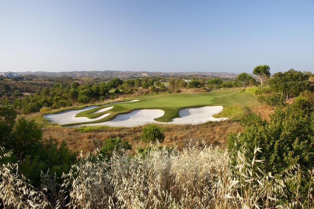 Des bunkers du golf de Monte Rei.