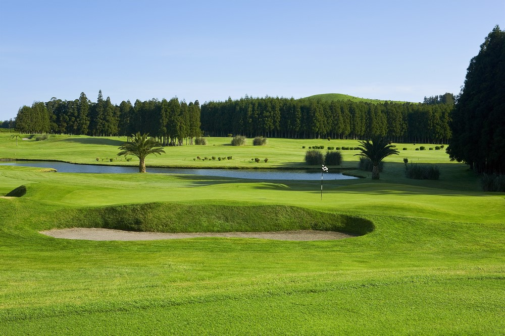 Le bunker du golf de Furnas au Portugal