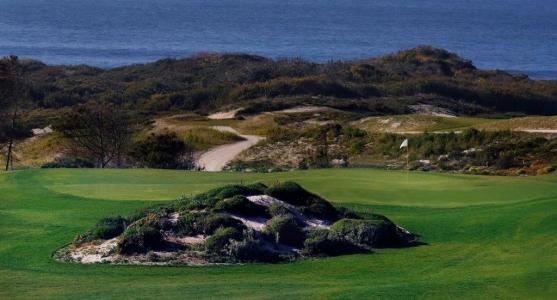 Chemin vers la mer du golf de West Cliff au Portugal
