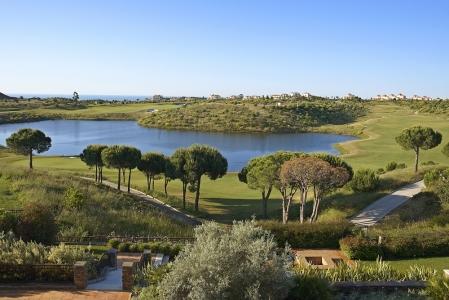 Le paysage du golf de Monte Rei au Portugal