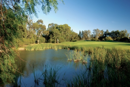 Un étang du golf de Penina Championship au Portugal