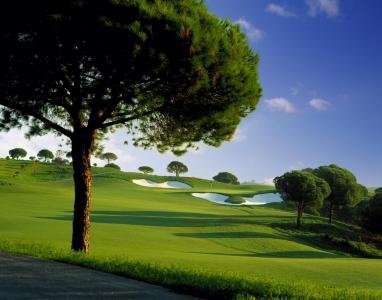 Le trou 10 du golf de Monte Rei.