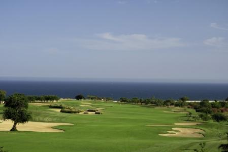 Un long fairway du golf de Quinta da RIa.
