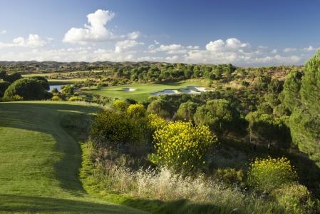 Le trou 11 du golf de Monte Rei.