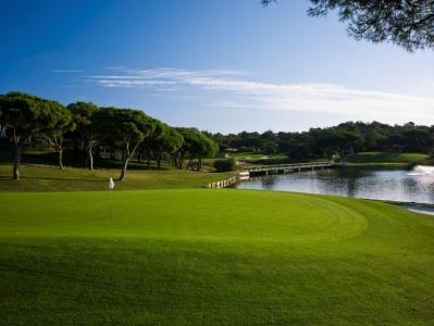 Green du golf de Quinto do Lago Sur au Portugal