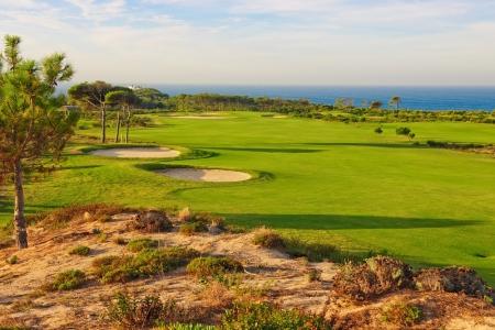 Le trou 18 du golf d'Oitavos au Portugal