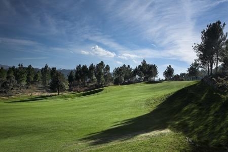 Le fairway du golf de Vidago au Portugal