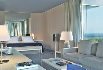 Chambre d'hôtel moderne au golf resort Oitavos au Portugal
