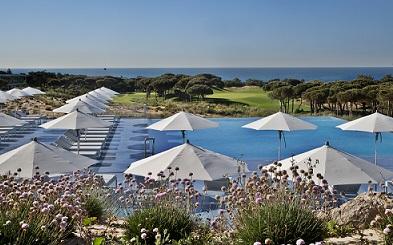 Piscine et golf à l'hôtel Oitavos proche de Lisbonne au Portugal