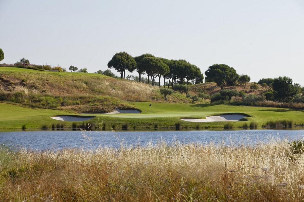 Green du 14 du golf de Monte Rei