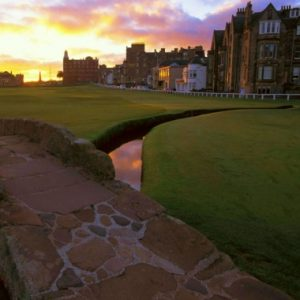 Découvrez les parcours de golf à St Andrews